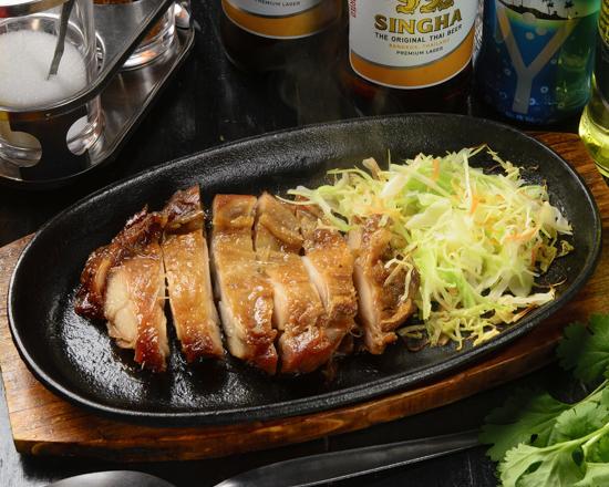 ガイヤーン/鶏もも肉の炭火あぶり焼き